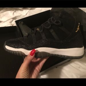 Air Jordan 11 PRM Heiress Black Stingray